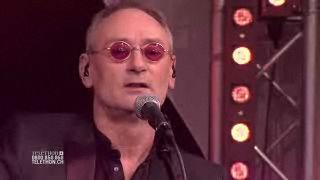 Michael Jones chante pour le Téléthon