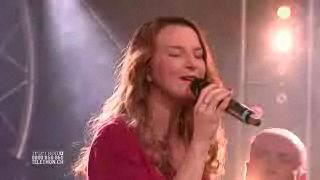 Amélie Daniel chante