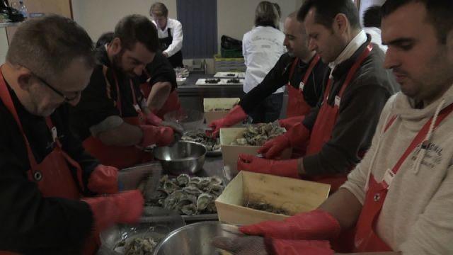 Des huîtres et du vin pour un beau panorama à Aran-Villette.