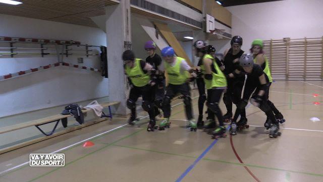 Cette semaine, Roland Guex teste le Roller Derby à Lausanne
