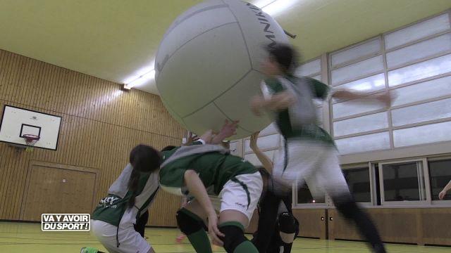 Cette semaine, Roland Guex découvre et teste le Kin-Ball