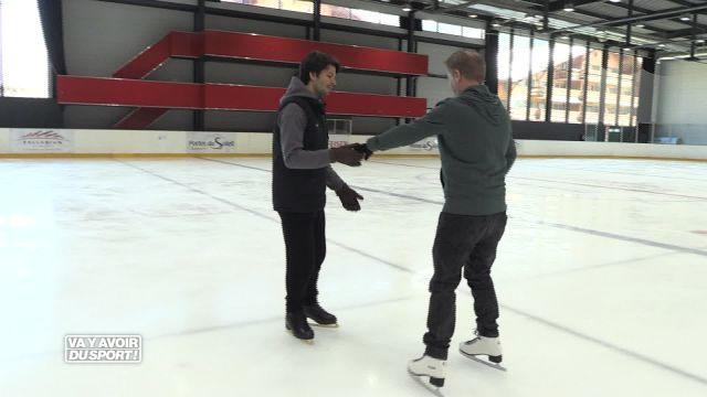 Cette semaine, Roland Guex teste le patinage artistique