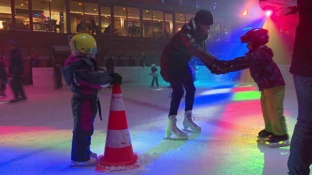 Disco sur glace - spécial St-Valentin à Bulle
