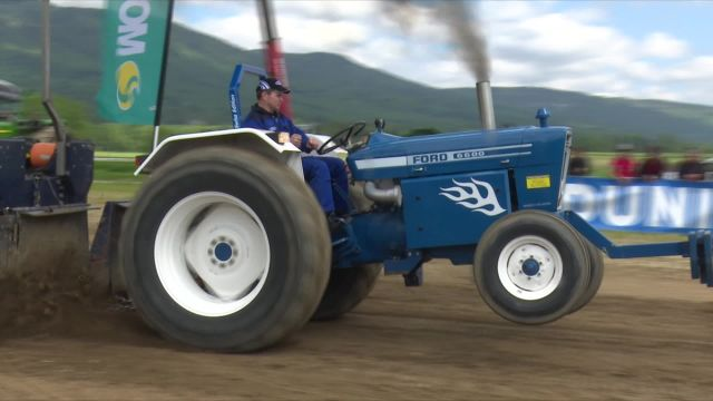 Tractor Pulling à Tranchepied