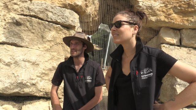 Zelda s'est frottée au métier de guide au zoo de La Garenne