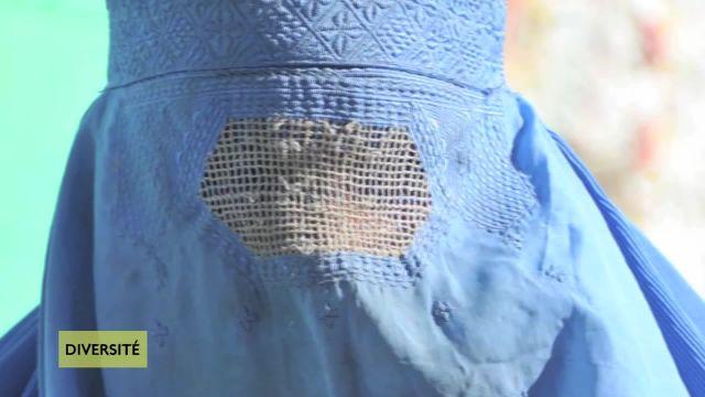 Burkini et Burqa: la parole aux femmes