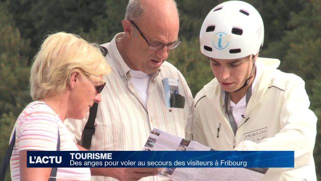 Des anges pour renseigner les touristes à Fribourg