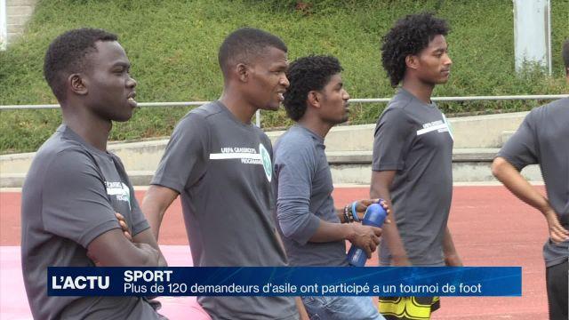 120 demandeurs d'asile participent à un tournoi de foot