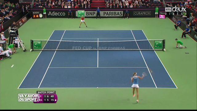 Tennis : Bacsinszky permet à la Suisse de mener 2-1