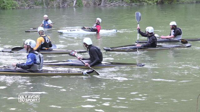 Loïc teste le kayak-polo !