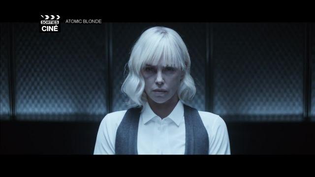 Une blonde atomique sur vos écrans !