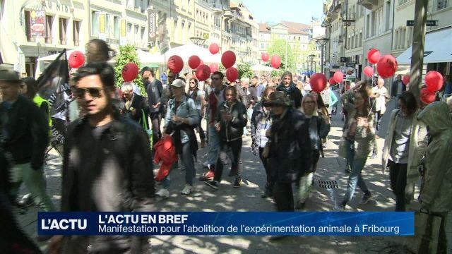 Les défenseurs de la cause animale défilent à Fribourg
