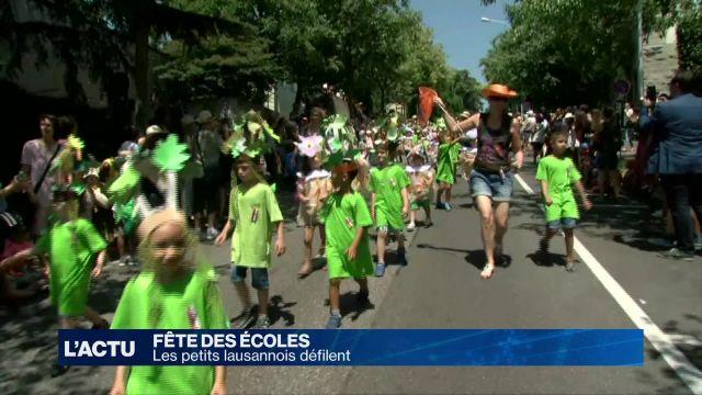 Les petits lausannois défilent pour la fête des écoles