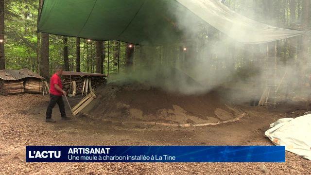 Une meule à charbon installée à La Tine