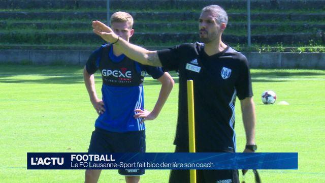 Le FC Lausanne-Sport fait bloc derrière son coach