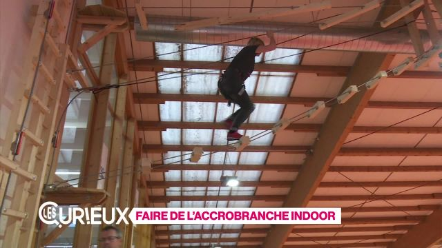 Faire de l'accrobranche indoor