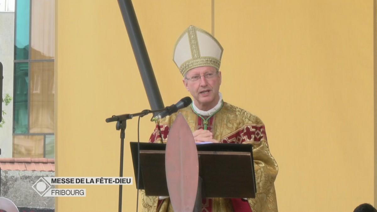 Messe de la Fête-Dieu à Fribourg