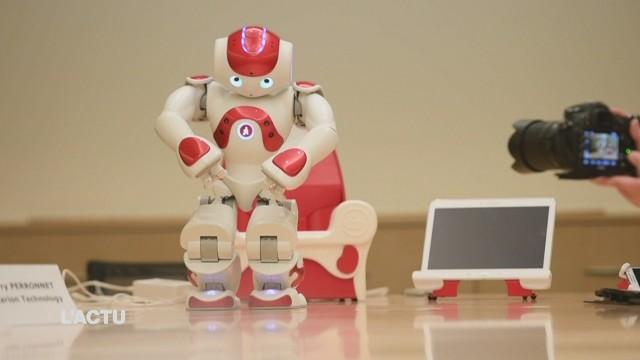 Un petit robot pour aider les enfants autistes