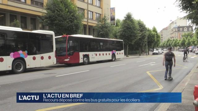 Recours déposé contre les bus gratuits pour les écoliers