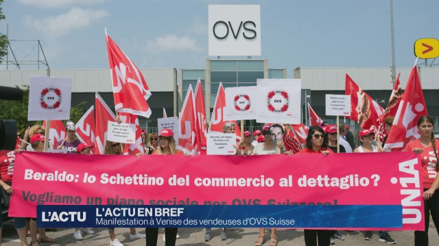 Manifestation à Venise des vendeuses d'OVS Suisse