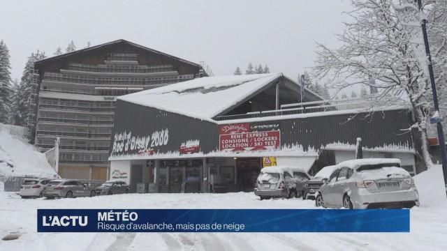 Alerte avalanche de degrés 4, mais pas de neige