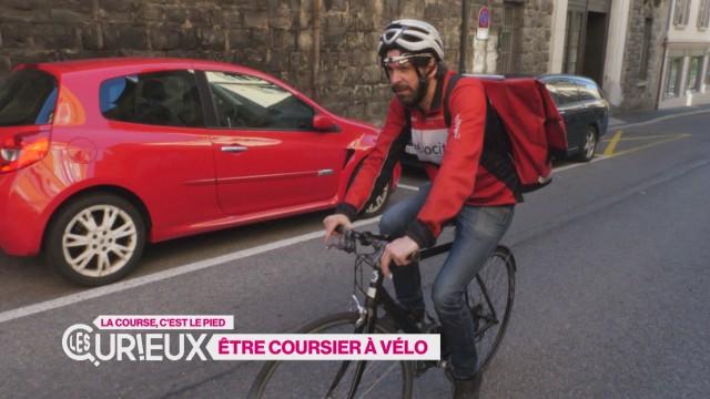 Yannick est coursier à vélo