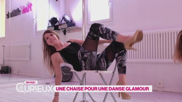 Une chaise pour une danse glamour