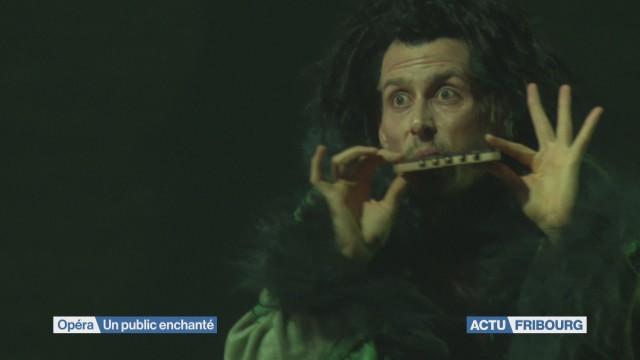 La Flûte enchantée ensorcèle Fribourg