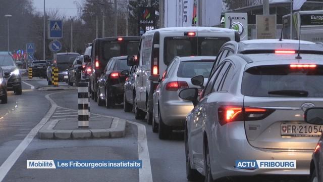 Les Fribourgeois majoritairement insatisfaits de la mobilité