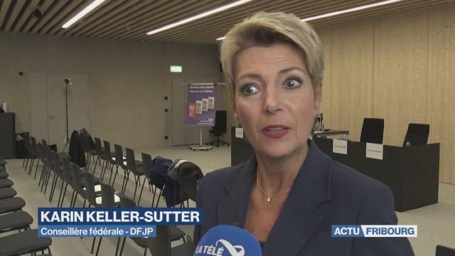 Karin-Keller fait halte à Fribourg