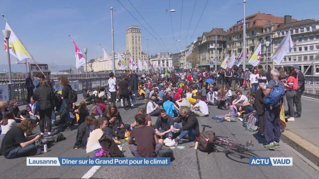 Le Grand Pont bloqué pour le climat