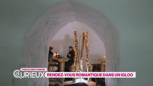 Rendez-vous romantique dans un igloo