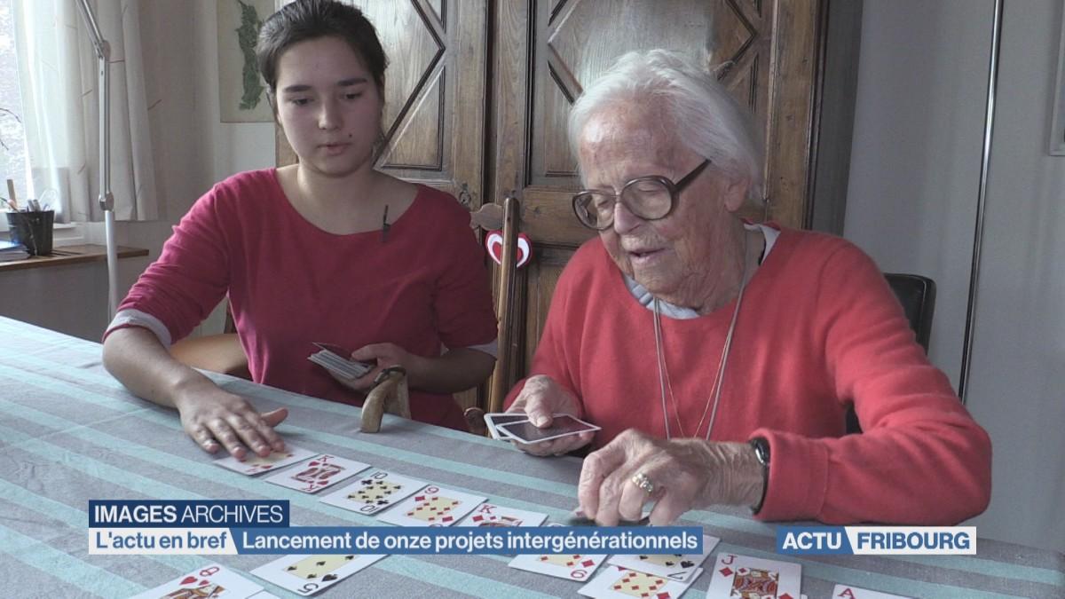 Lancement de onze projets intergénérationnels