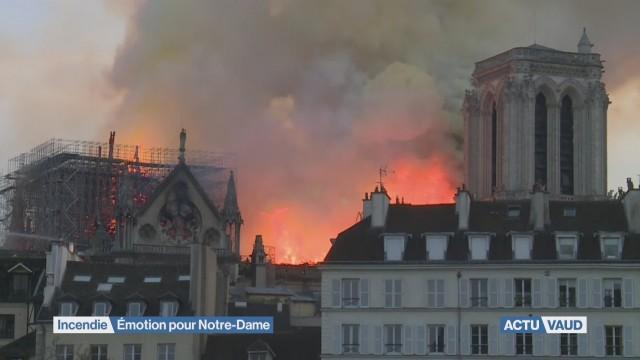 Incendie: émotion pour Notre-Dame de Paris