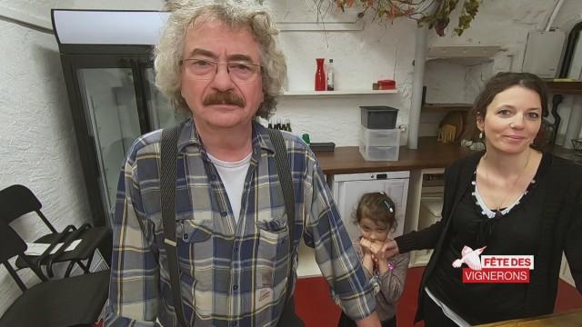 Figurante et gérante d'un caveau à Vevey